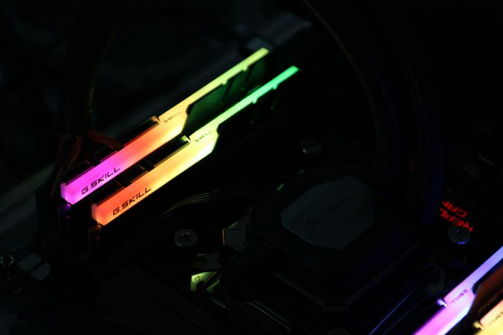 In the above photo we moved the memory towards a quad-channel X99 ASUS STRIX motherboard with Aura. In the BIOS just flick the XMP 2.0 compatible profile, ...