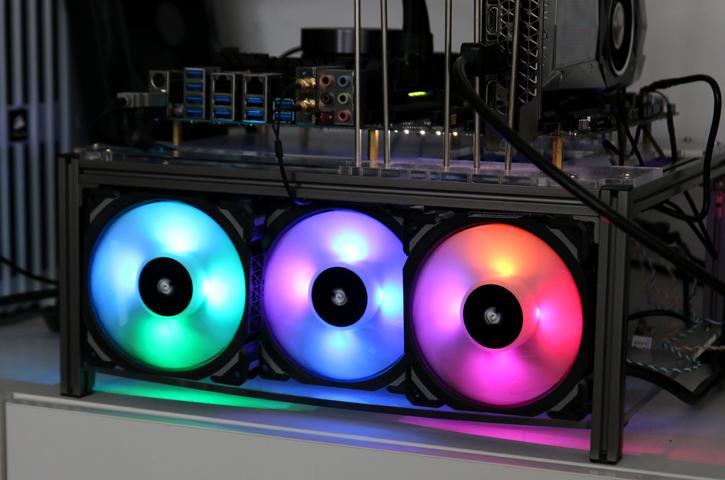 Corsair ML120 RGB Pro Series Magnetic Levitation Fan Review