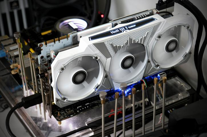 GALAX GeForce GTX 1070 Ti HOF review - Product Showcase
