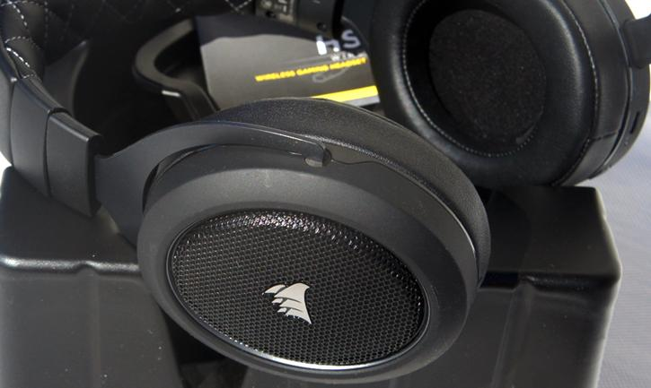 Corsair HS70 Wireless Headset review - Showcase