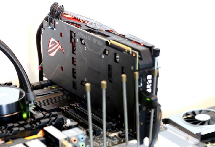 Asus GeForce RTX 2080 Ti RoG Strix review - Product Showcase