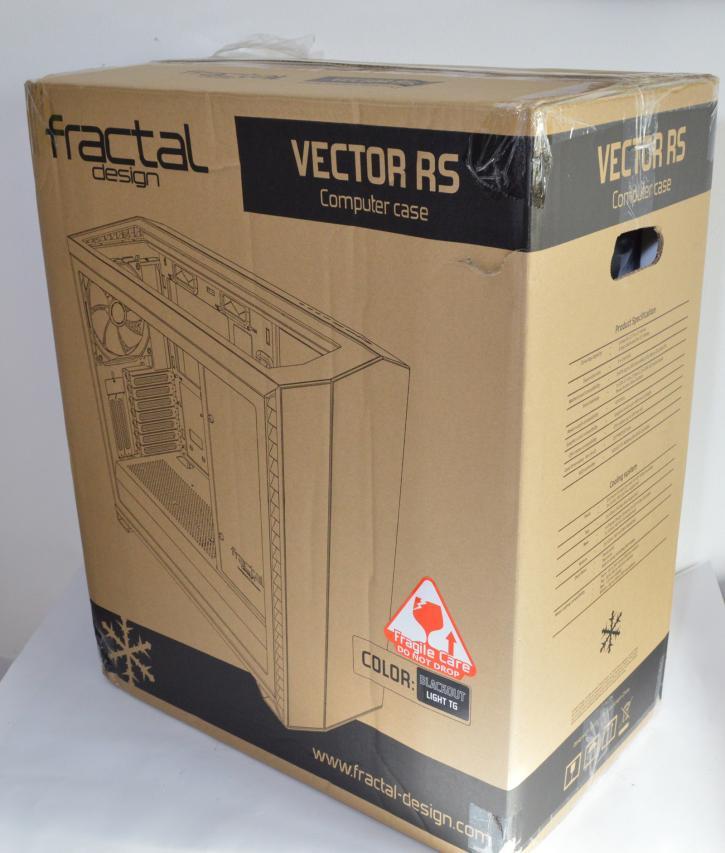 Обзор Fractal Design Vector RS - Витрина продукта - Упаковка