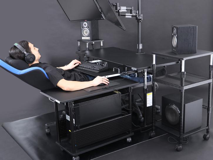 Bauhutte Will Raise The Accuracy Of Your Aim With Their Desk