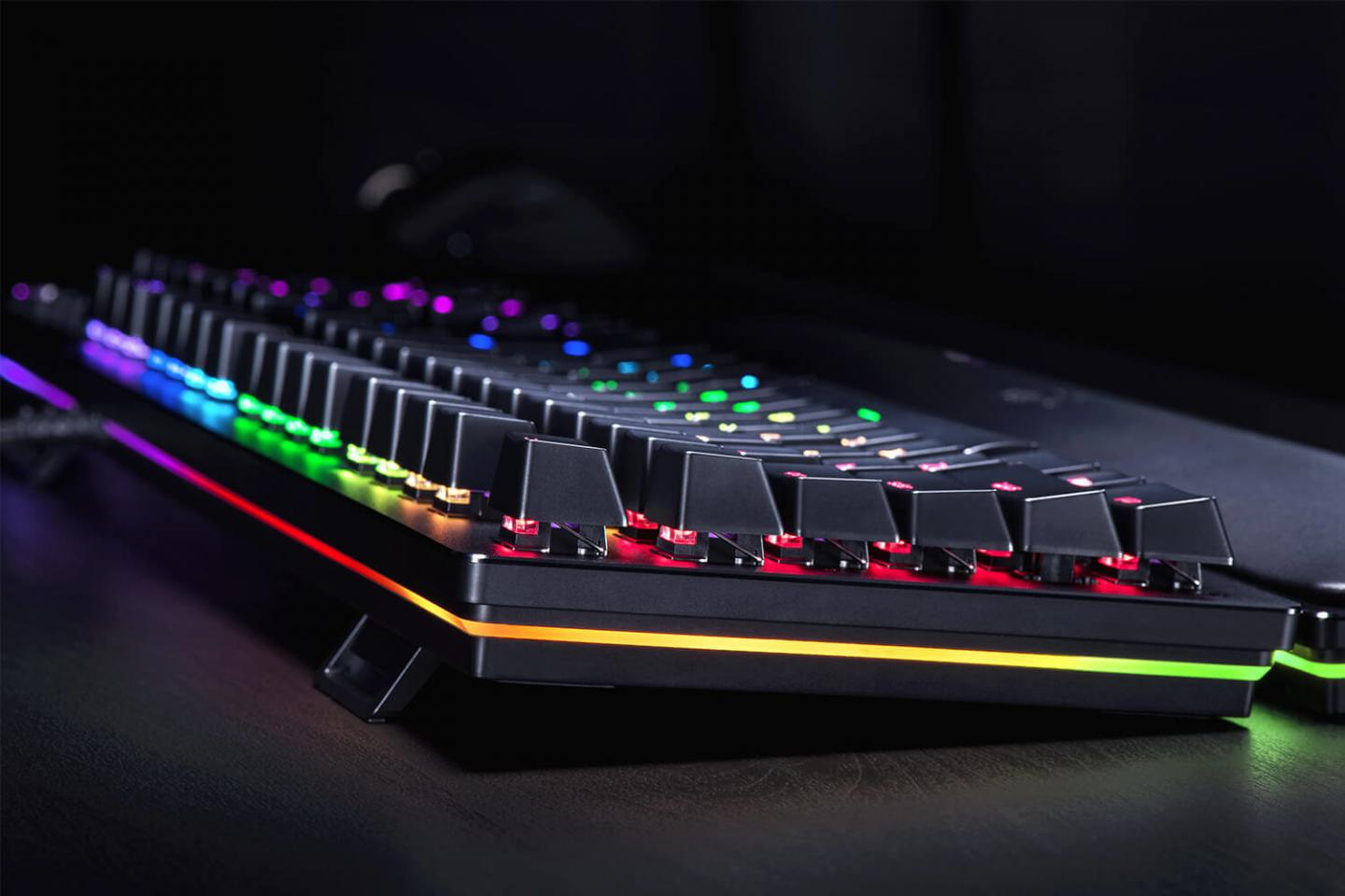 Razer Huntsman keyboard delivers gaming performance with new switch