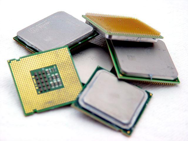 Gaming & CPU scaling 2008